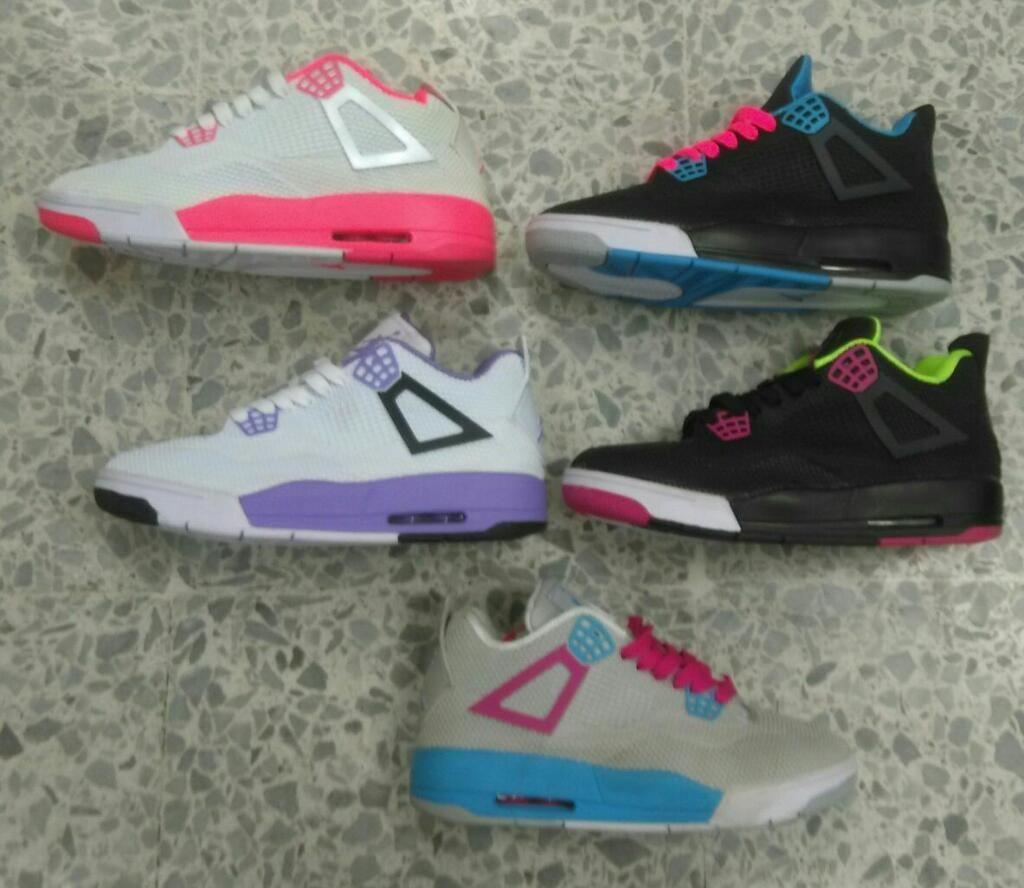Zapatillas Jordan Retro 4 Mujer