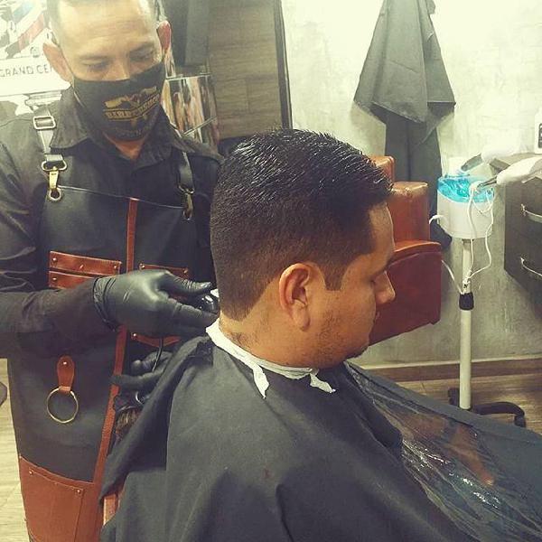 busco trabajo de barbero en bucaramanga 3142590664 ojo