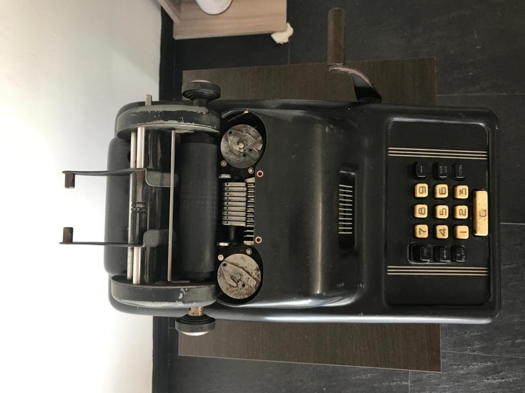 Maquina Sumadora Calculadora Retro  Antigua Vintage