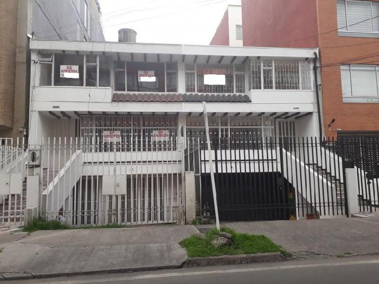 Casa En Arriendo En Bogota Pasadena Cod. ABISA1085