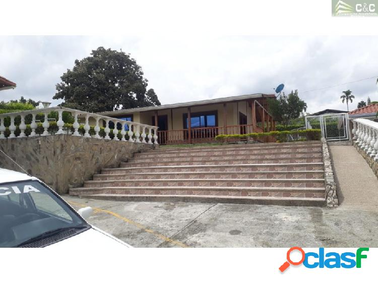 Chalet en venta Tebaida 3585