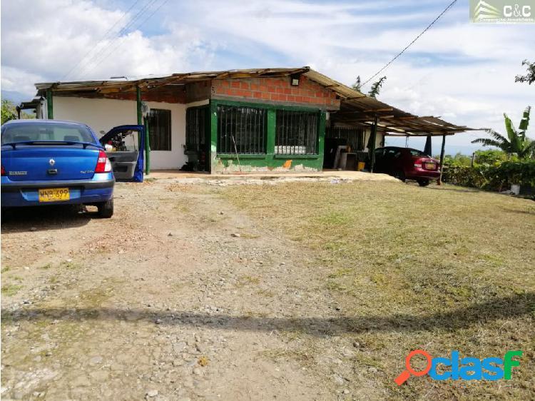 Hermosa en venta Casa Lote 4693