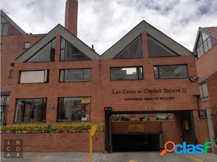 Se Vende Casa en Ciudad Salitre, Bogotá.