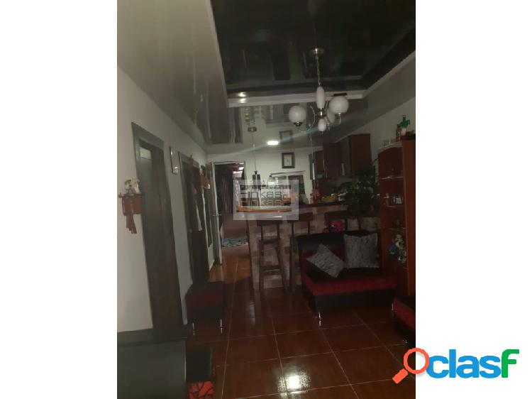 Se vende Casa en Barrio Santa Helena Circasia