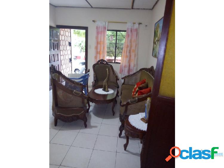 Se vende casa en el barrio San José