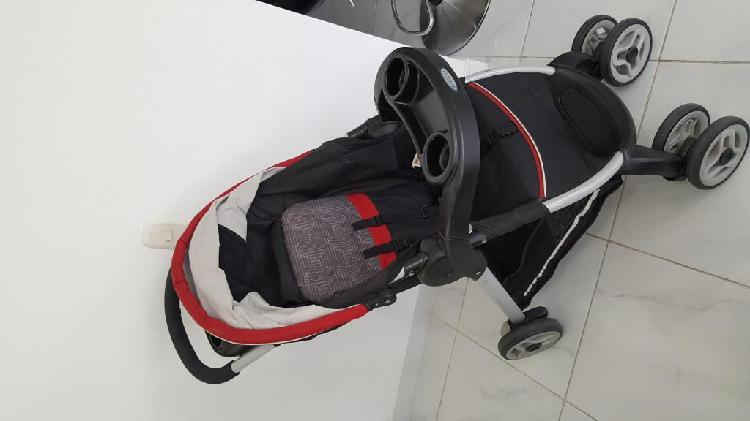 coche para bebe con silla para carro marca GRACO