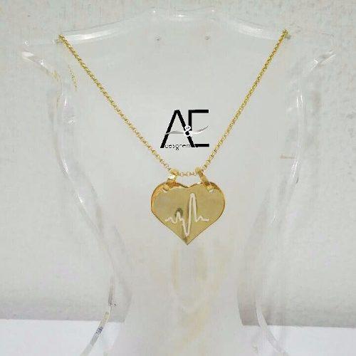 Dije De Corazón Con Frecuencia Cardiaca En Oro Laminado