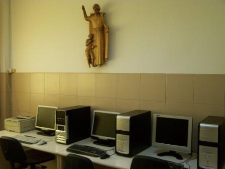 MONTE SALA INTERNET VENDO 5 COMPUTADORES MESA COMPLETOS MUY