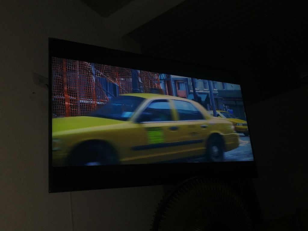 Se Vende Tv Samsung de 65