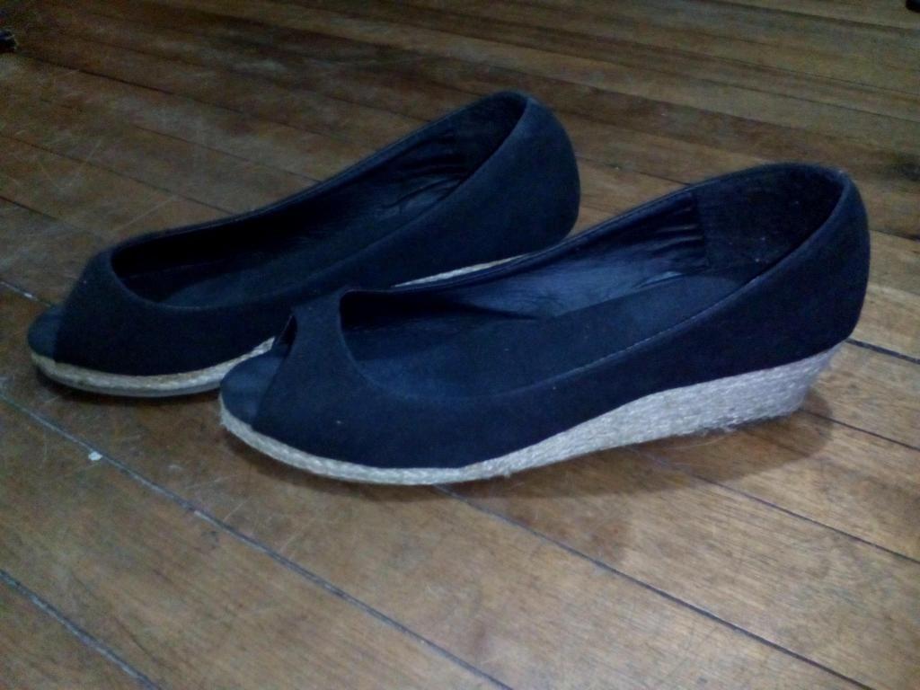Zapatos negros Talla 40