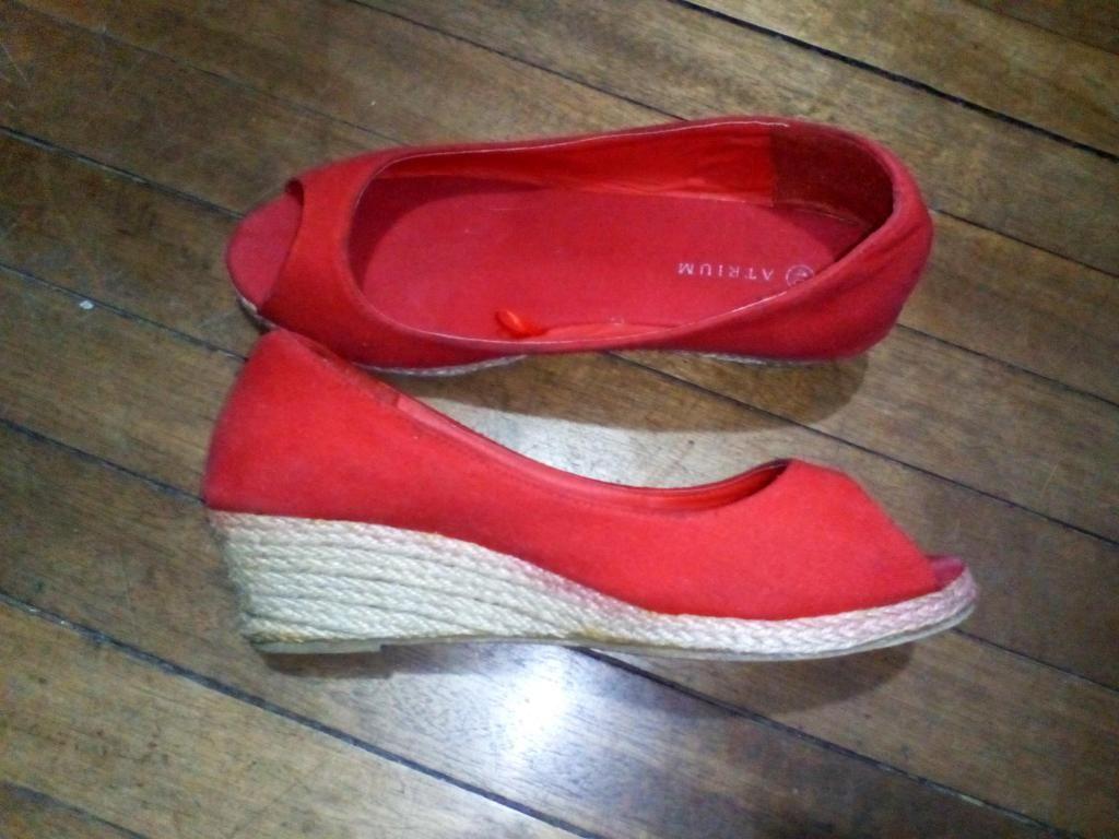 Zapatos rojos, Talla 40