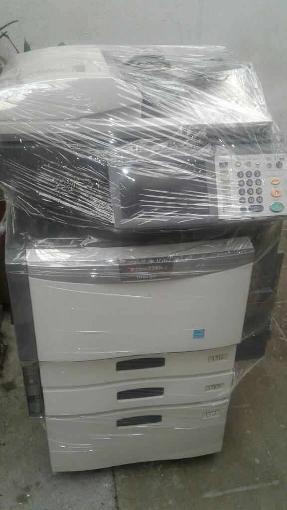 Ricoh Blanco Y Negro Toshiba Color