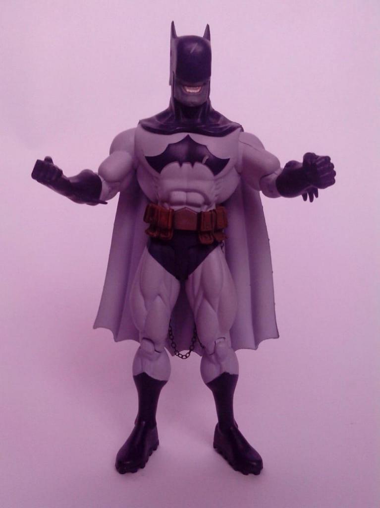 Espectacular Figura De Batzarro Batman Dc Comics 17 Cms