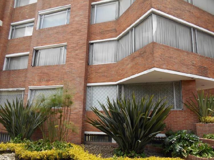 Apartamento En Arriendo/venta En Bogota Santa Bárbara Cod.