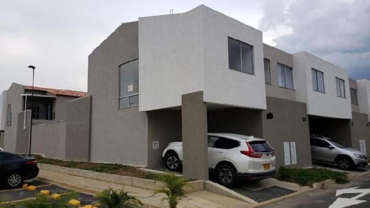 Casa En Venta En Jamundi Ciudad Country Cod. VBVII-212