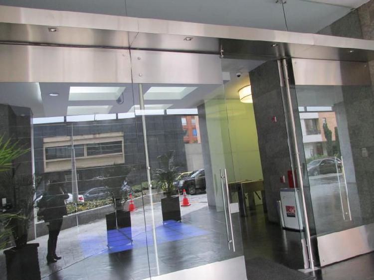 Oficina En Venta En Bogota Chico Norte Cod. VBREI-14161