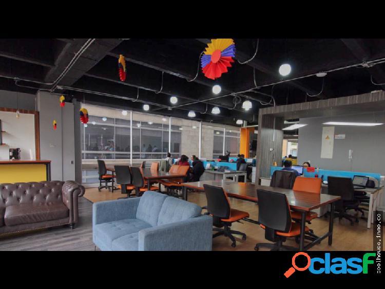 Oficina en venta o arriendo en el Parque la 93