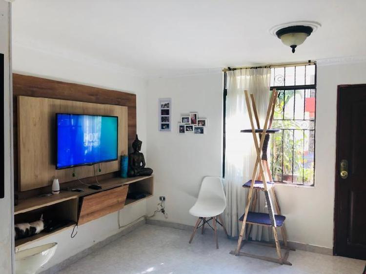 Casa Condominio En Venta En Cali El Refugio Cod. VBSBI11875