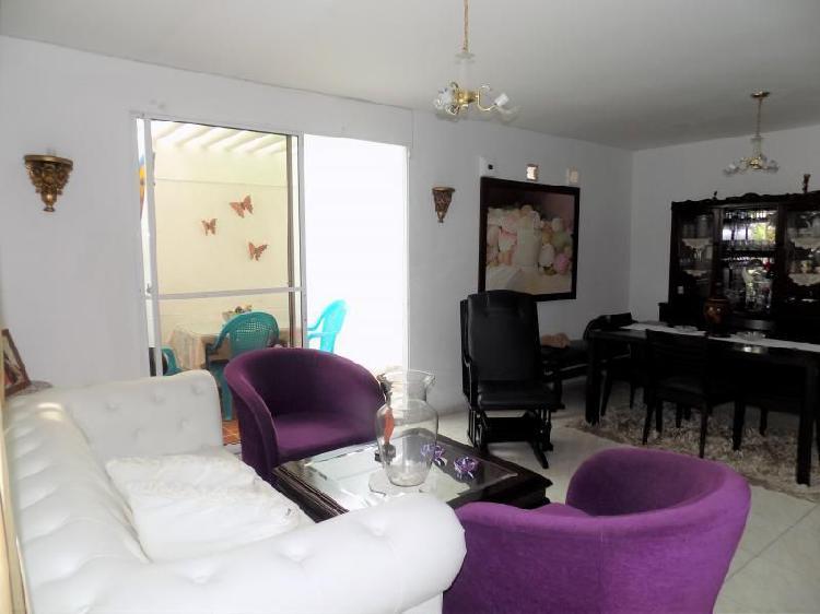 Casa En Venta En Barranquilla Bellavista Cod. VBARE77489