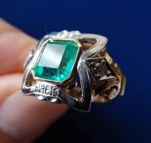 Anillo Oro Diamantes Esmeralda