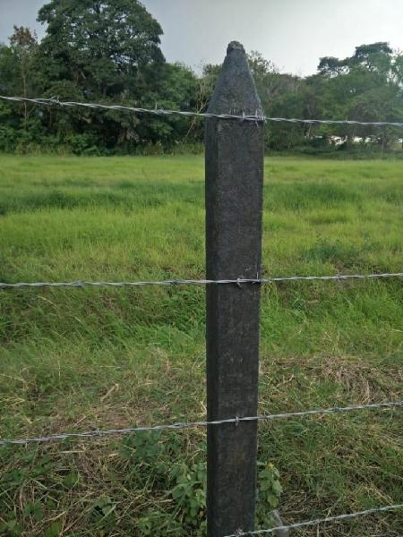Postes para cercas en plástico reciclado