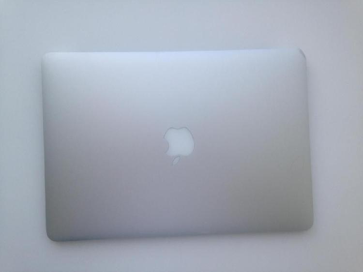 Vendo Macbook Air 2011, 256G, excelentes condiciones