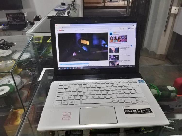 sony vio core i3 de tercera generacion, teclado