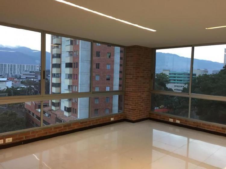 Oficina En Arriendo En Medellin El Poblado Cod. ABMER207155
