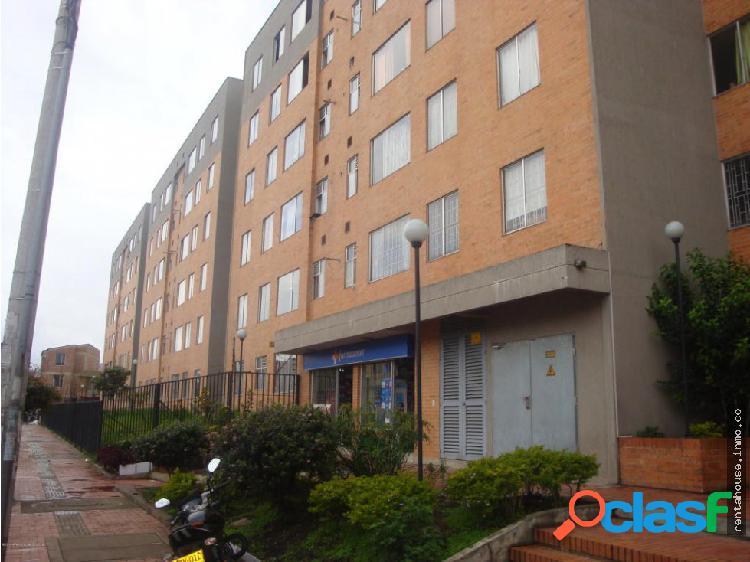 Apartamento en Venta Bogota RAH CO:20-310