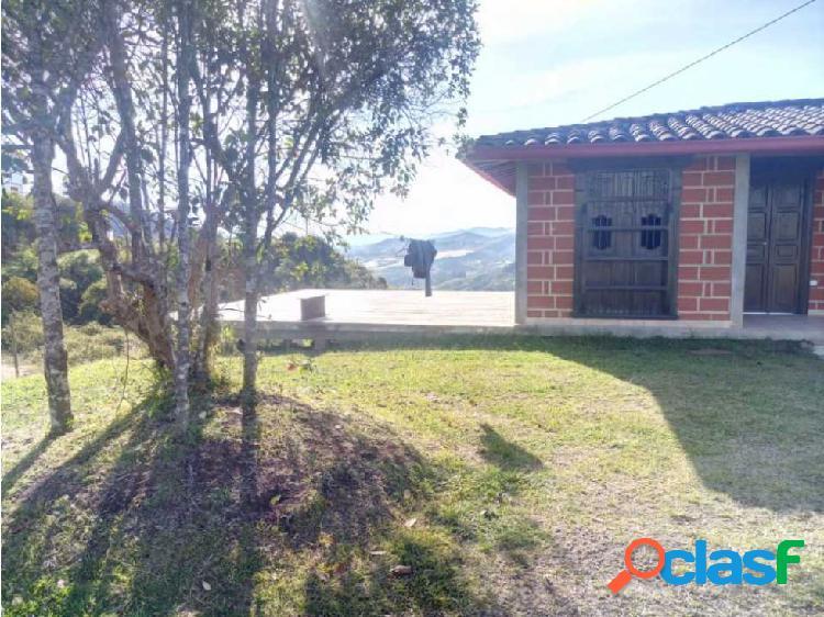 Casa finca en venta San Vicente AV # 6