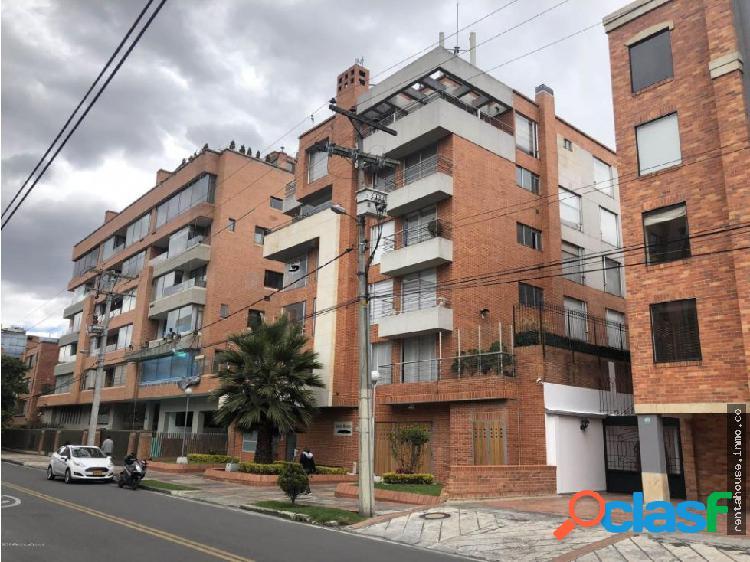 Apartamento en Arriendo Bogota RAH CO:20-499