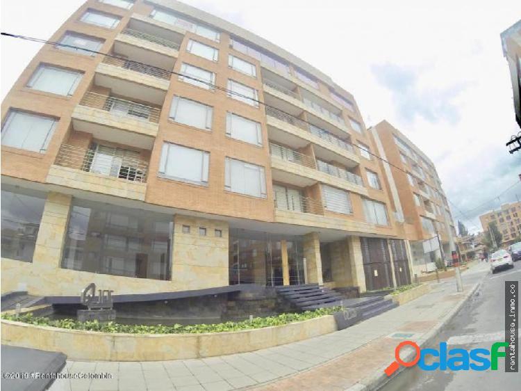 Apartamento en Arriendo Bogota RAH CO:20-500