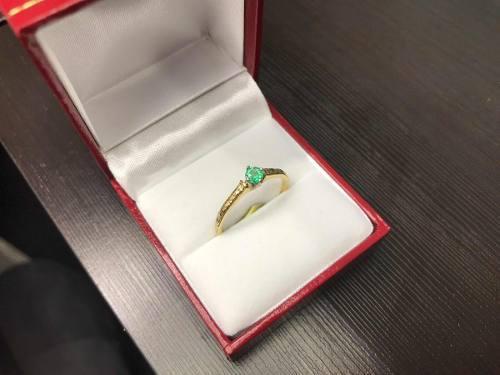 Anillo De Oro 18k Compromiso Con Esmeralda Certificada