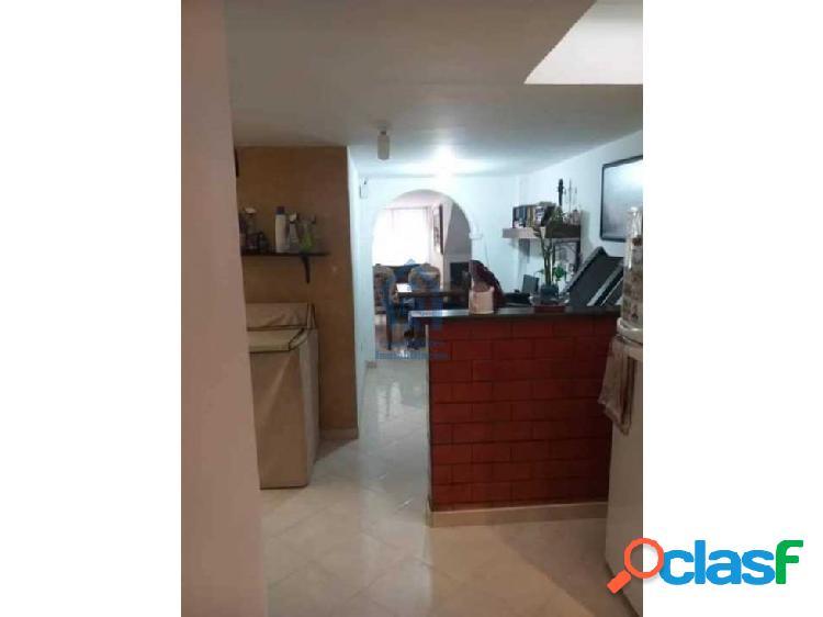 Apartamento Con Parqueadero 75m2 En Cabañas Bello