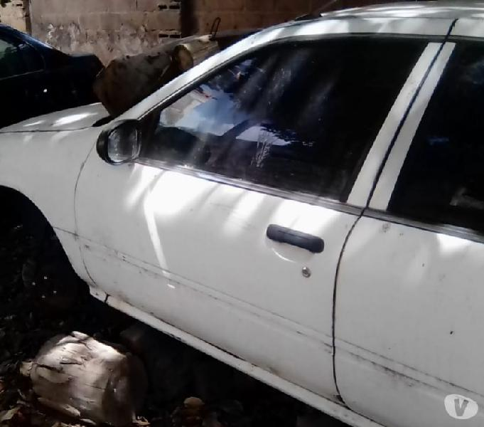 Se vende carro o venta de carros para repuestos(Honda)