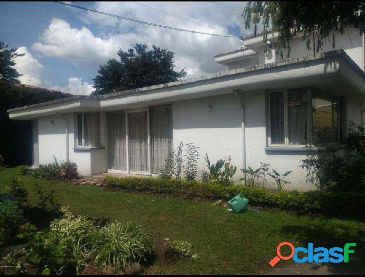 Casa en arriendo San Jose de Bavaria RAH: 19-279