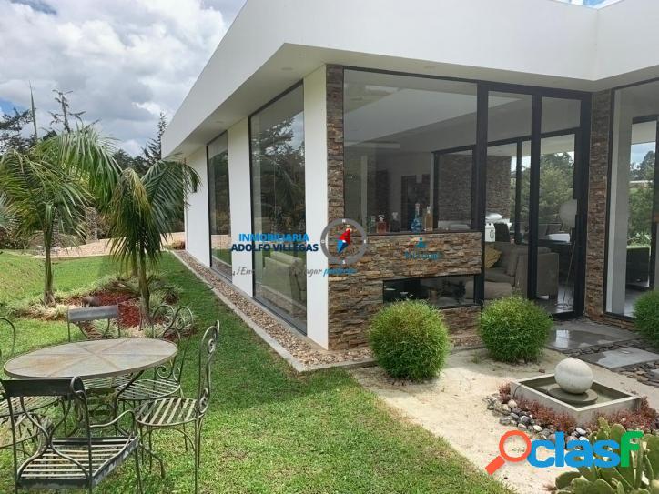 casa para venta vía San Antonio la Ceja en unidad Cerrada