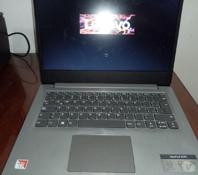 Hermosa Lenovo Amd A9 9425 4gb de Ram y tiene 2 meses de uso