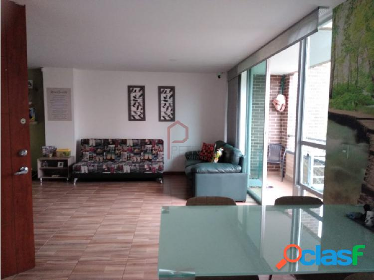 Se vende apartamento en Laureles la Catellana