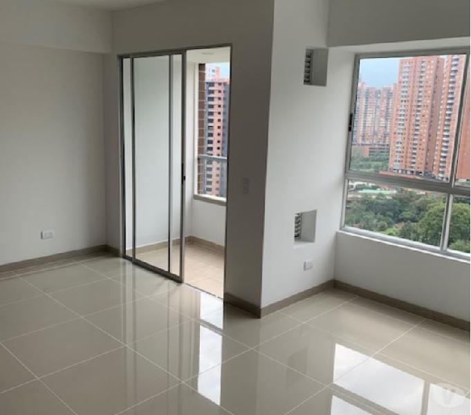 Arriendo apartamento para estrenar en edificio Monteazul