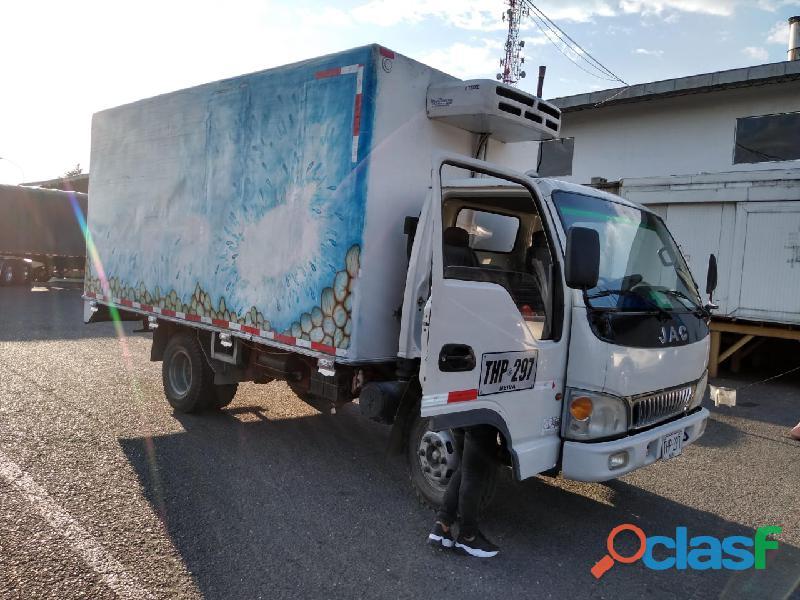 Vendo Camión JAC 1048 con termoking modelo 2015 74 Km