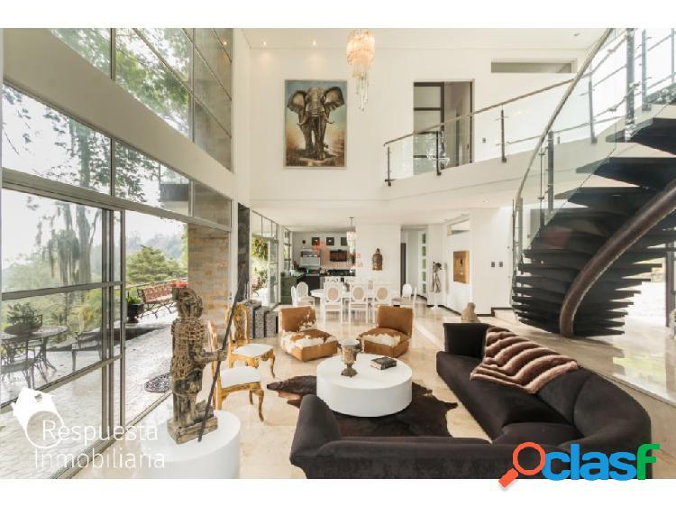 Casa en venta El Poblado, san lucas