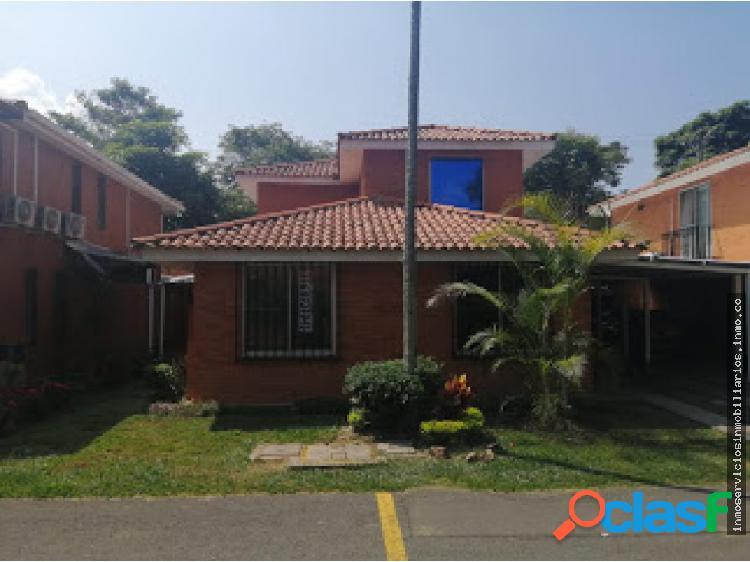 Se alquila Casa en Hacienda el Castillo Herreria 2