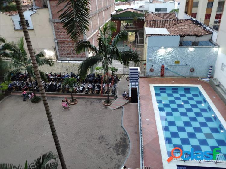 Se vende Apartamento en Prado Centro, Medellin