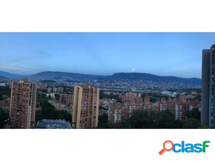 Venta apartamento Loma de los Bernal, Medellín