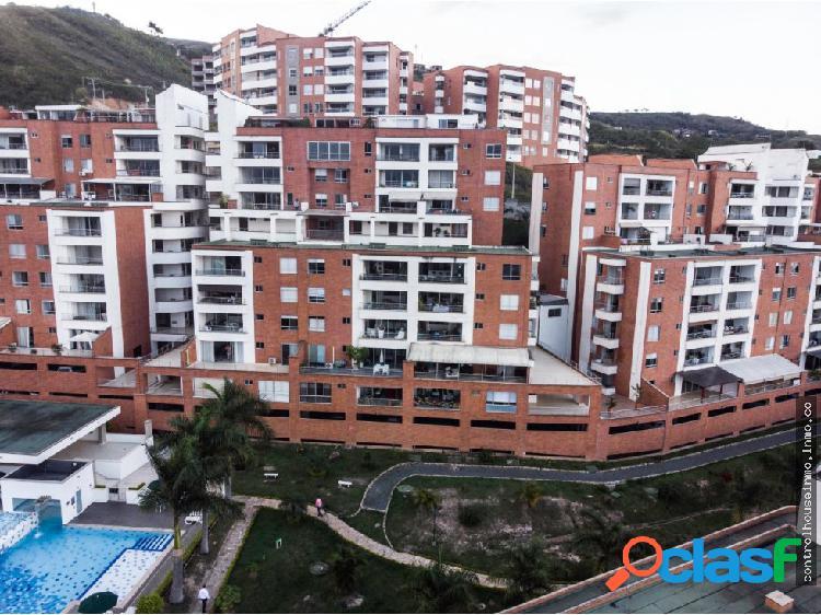 venta de apartamento duplex en B/ cerro cristales