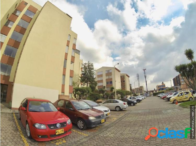 Apartamento en Arriendo Bogota RAH CO:20-1030