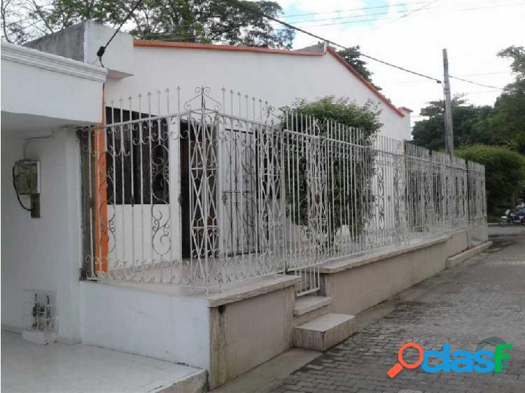 Casa en Venta (barrio La Granja) Esquina