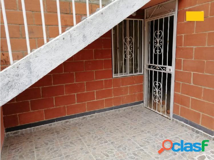 Venta de casa sector La Pola, Medellín