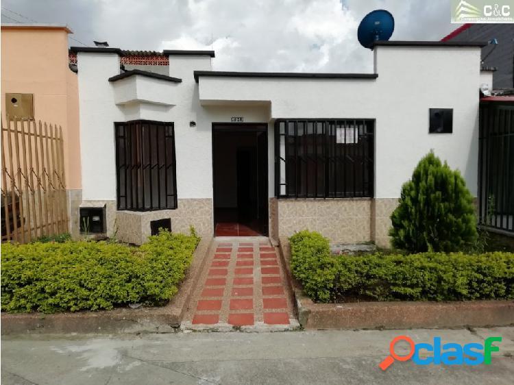 Casa para la venta en Calarcá 1756